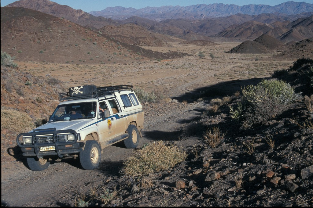 Richtersveld Challenge was our tour operator in 2002 and their 4-wheel drive vehicles were essential in Namibia and here in the Richtersveld. Photo D. Mahr.